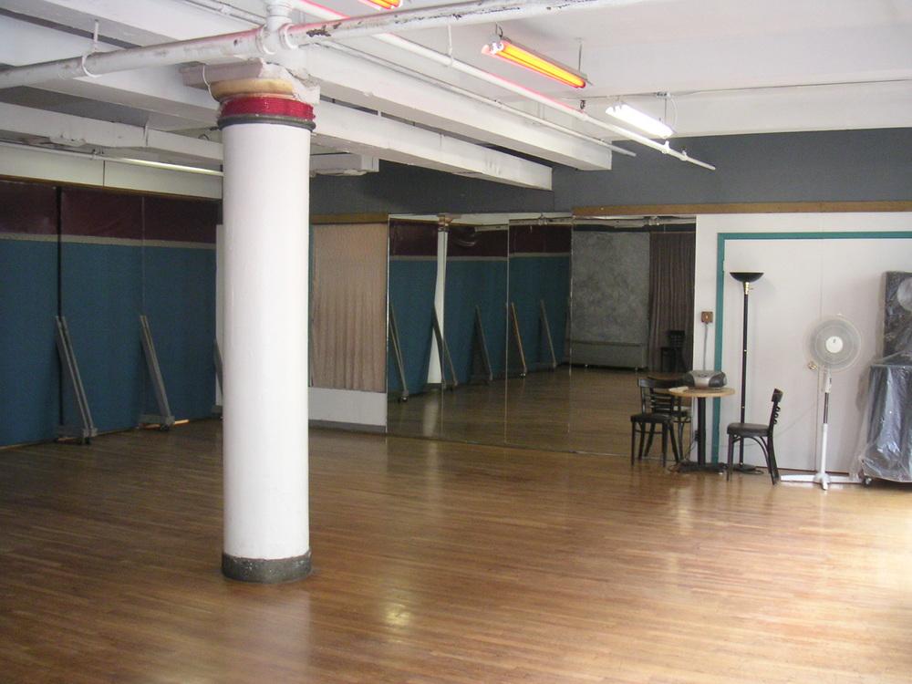 DANCE STUDIO 5-03.JPG