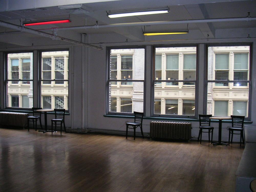 DANCE STUDIO 5-06.JPG