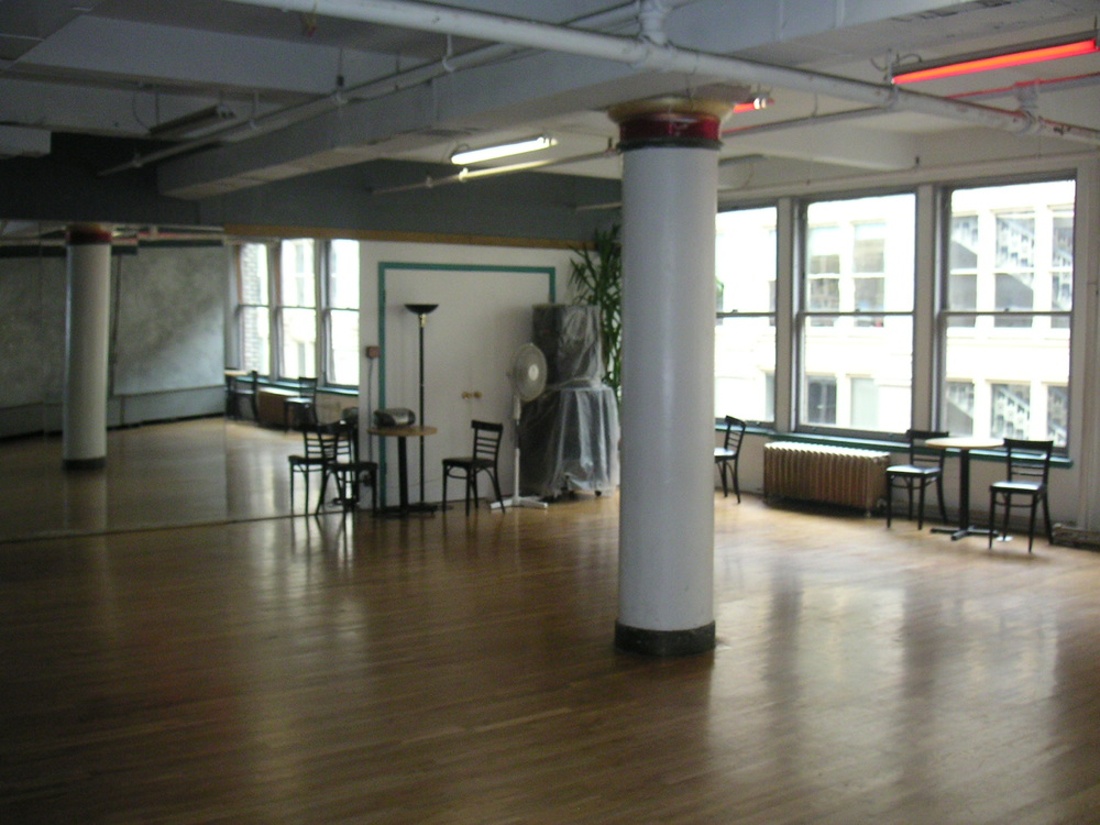 DANCE STUDIO 5-05.JPG