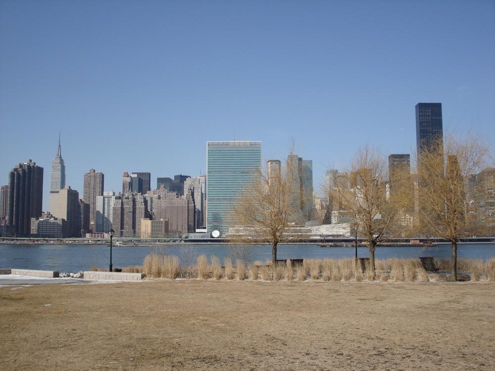 NY PARK 12-05.JPG