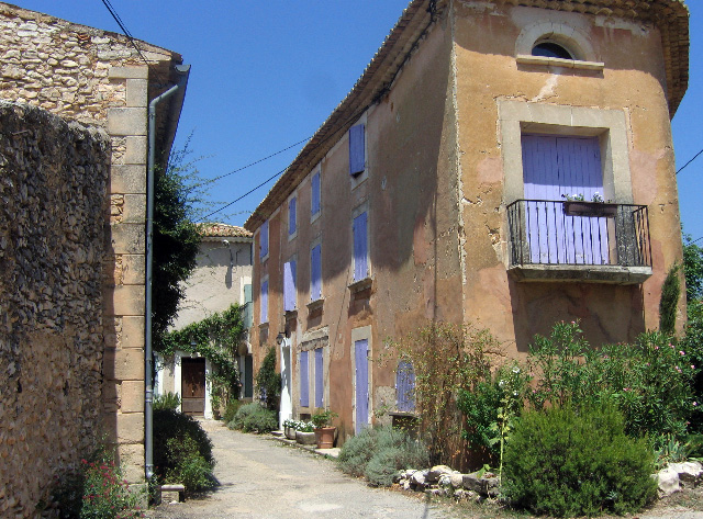 Les Bassacs. Paint on location in rural Provence