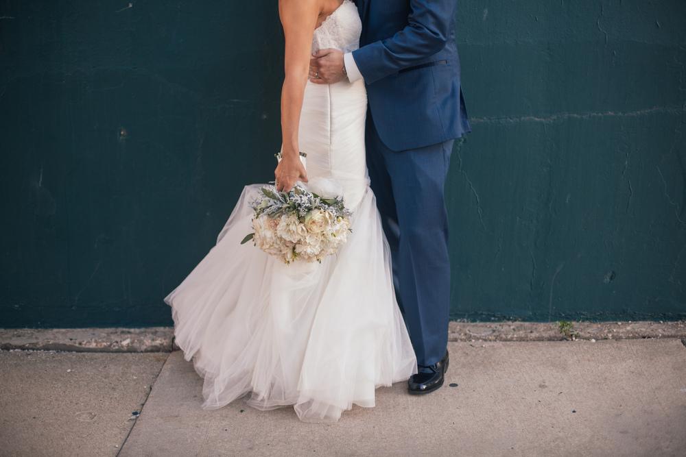 Ashley+Aaron_Acowsay_Cinema_Milwaukee_Wisconsin_Wedding_Bridal_Bouquet.jpg