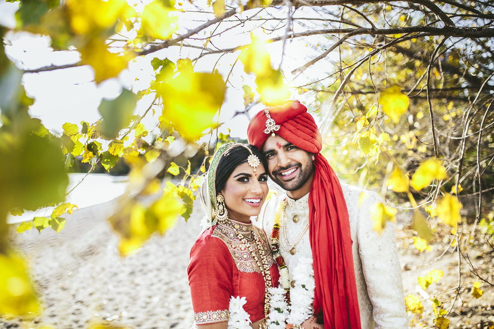 Acowsay_Minnesota_Wedding_Video_Couple.JPG