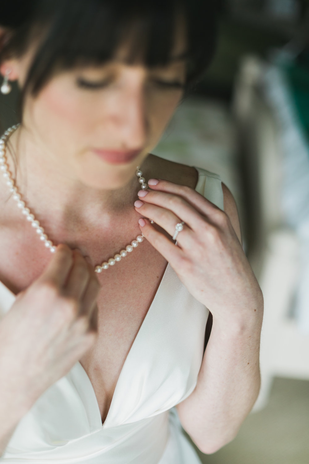 Wisconsin_Wedding_acowsay_Uttke_Photography_Bride_Jewelry.jpg