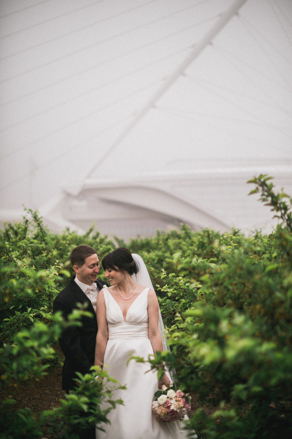 Wisconsin_Wedding_acowsay_Uttke_Photography_Couple_2.jpg