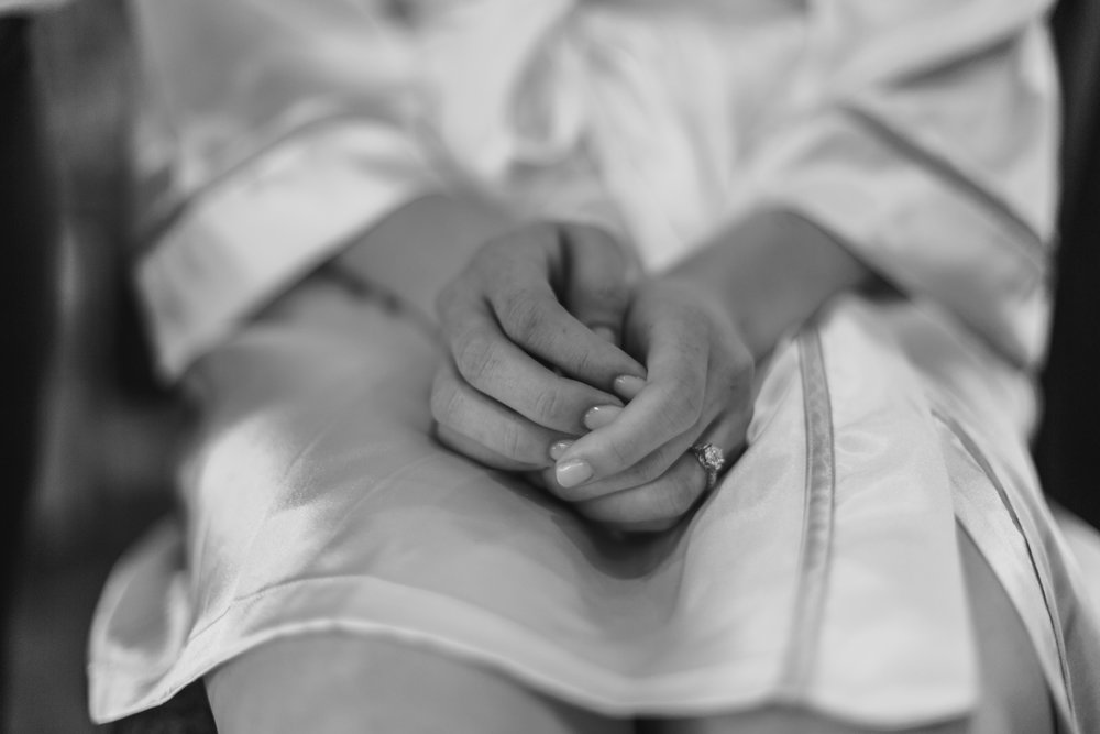 Wisconsin_Wedding_acowsay_Uttke_Photography_hands.jpg