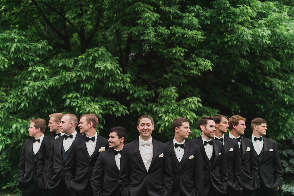 Wisconsin_Wedding_acowsay_Uttke_Photography_Groomsmen.jpg