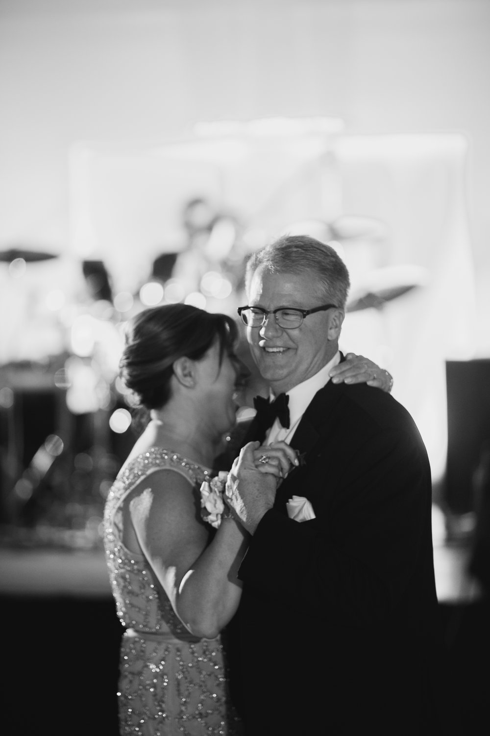 Wisconsin_Wedding_acowsay_Uttke_Photography_Parents.jpg
