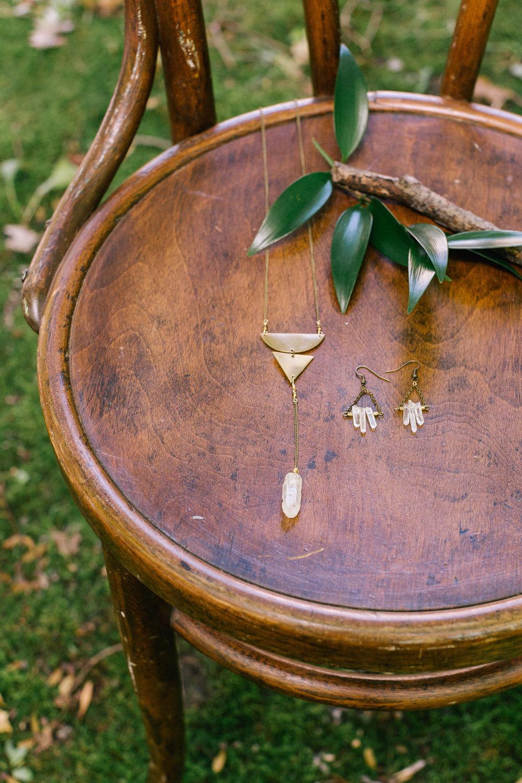 Allison_Hopperstad_Photography_Acowsay_Wedding_Jewelry.JPG