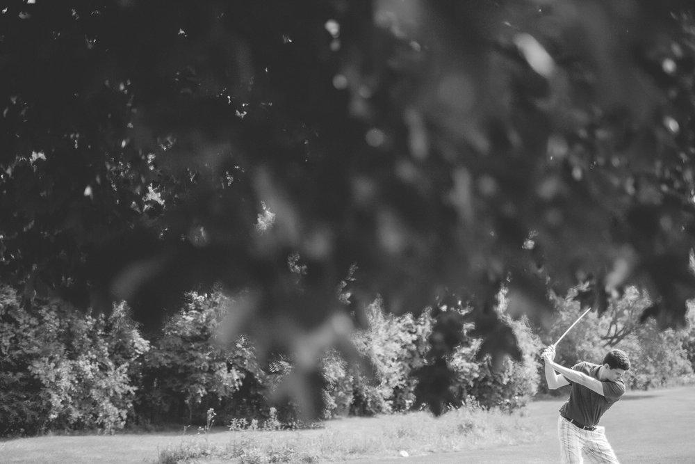 Joe_Jen_Photography_MN_Wedding_boys_golf.jpg