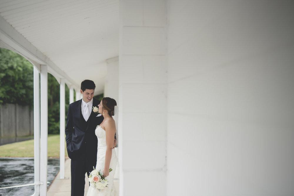 Joe_Jen_Photography_MN_Wedding_couple_6.jpg