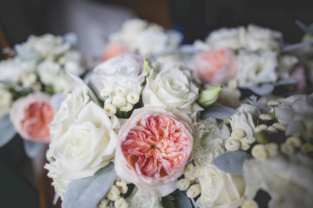 Joe_Jen_Photography_MN_Wedding_florals.jpg