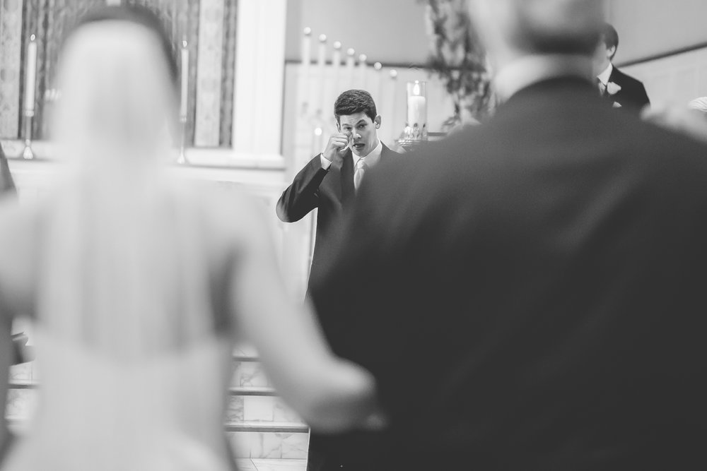 Joe_Jen_Photography_MN_Wedding_walking_down_the_Aisle.jpg