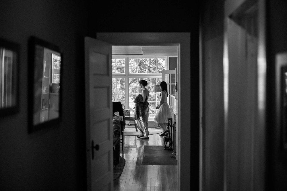 rochelle-louise-photography-acowsay-cinema-wisconsin-wedding-16.jpg