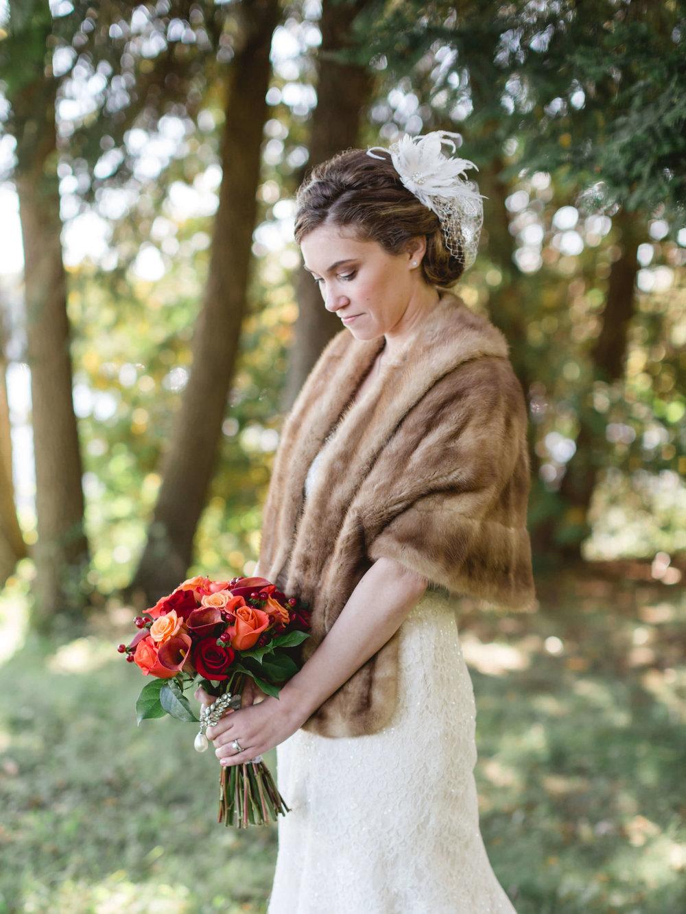 rochelle-louise-photography-acowsay-cinema-wisconsin-wedding-33.jpg