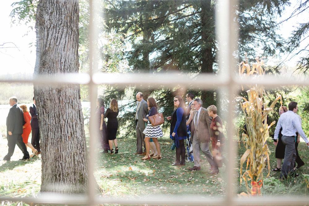 rochelle-louise-photography-acowsay-cinema-wisconsin-wedding-43.jpg