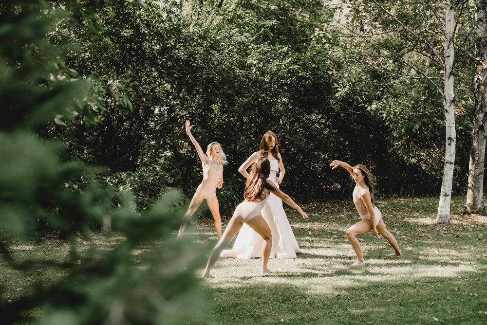 acowsay-cinema-tara-latour-wedding-designer-bts- (44 of 124).jpg