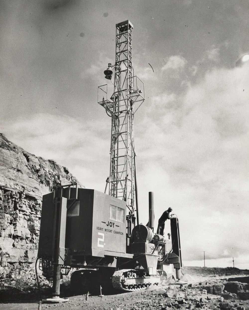 Loading Dynamex Marmora Mine