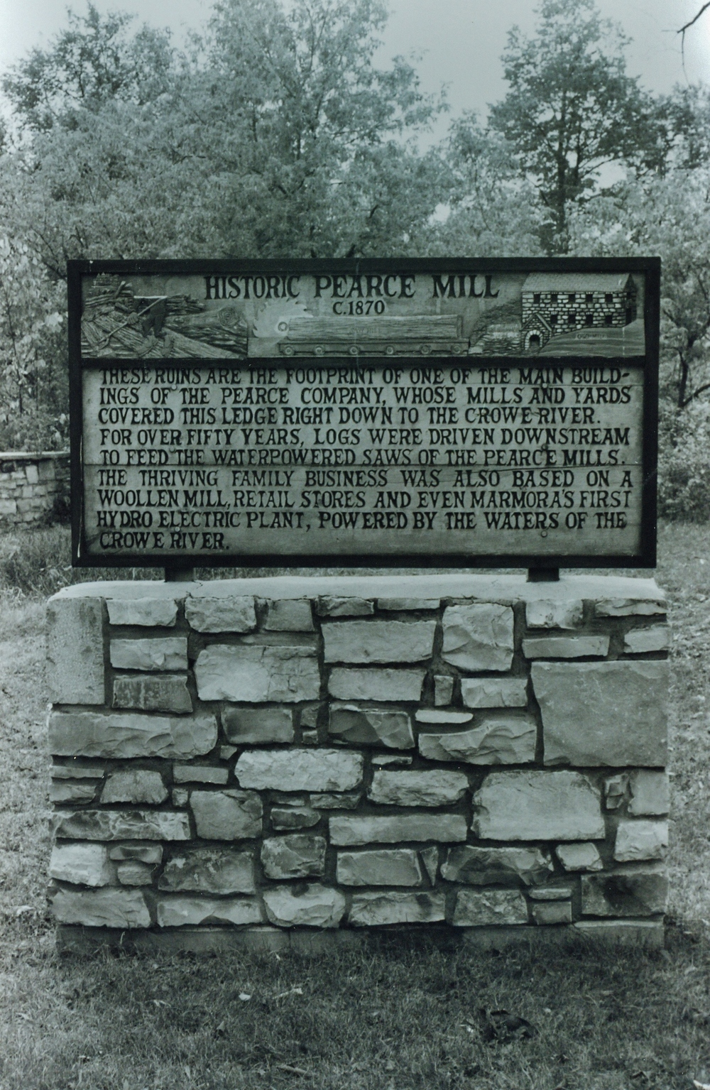 Pearce Lumber Company Historical Plaque.jpg
