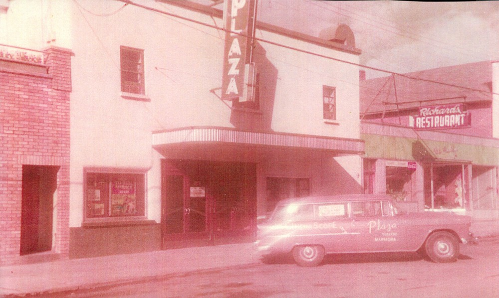Plaza Theatre,  Richard's Restaurant  1962