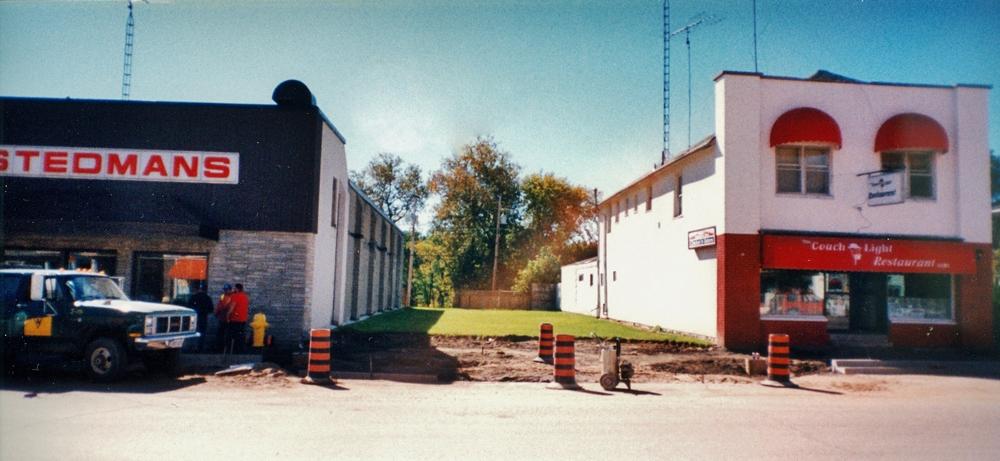 15 Forsyth Street (empty lot) 1995