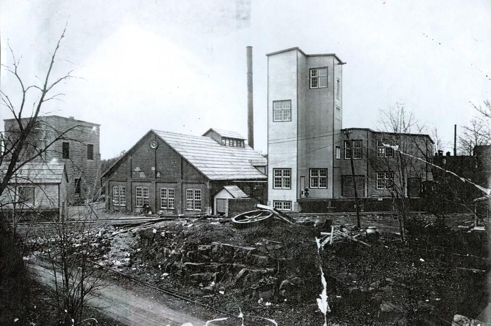 1922 Deloro Insecticide plant.jpg
