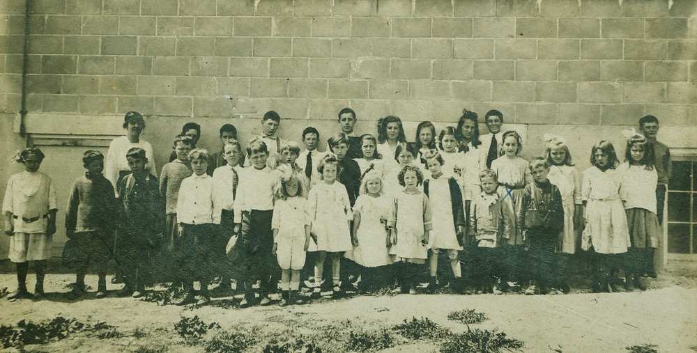 Deloro Public School  1918- 1919
