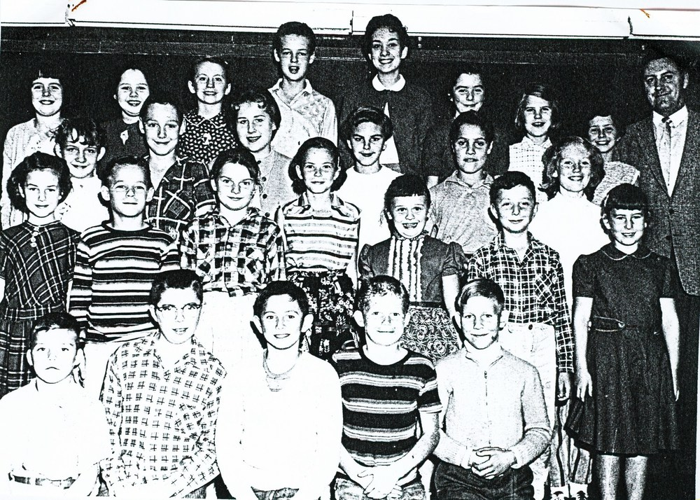 Deloro Public School,  1957 Grades 5 to 8