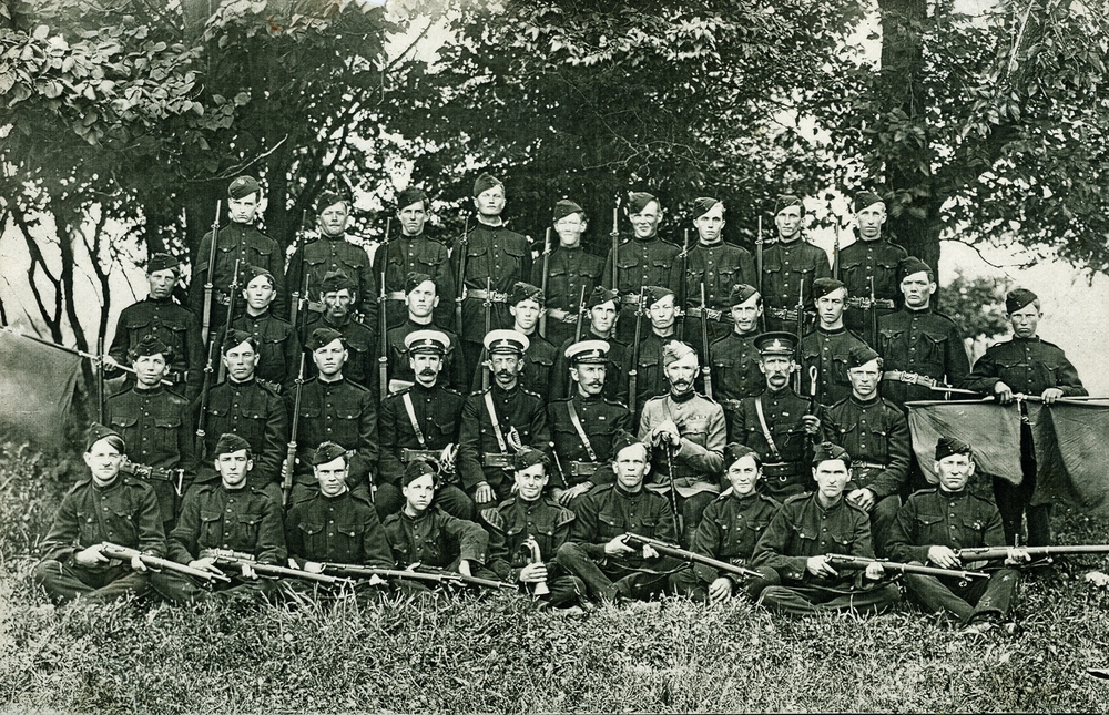 Charles Archibald Bleecker,  2nd Row centre  1914