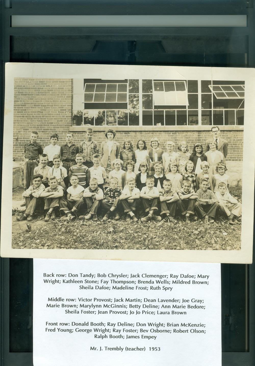 1953 Marmora Public school.jpg