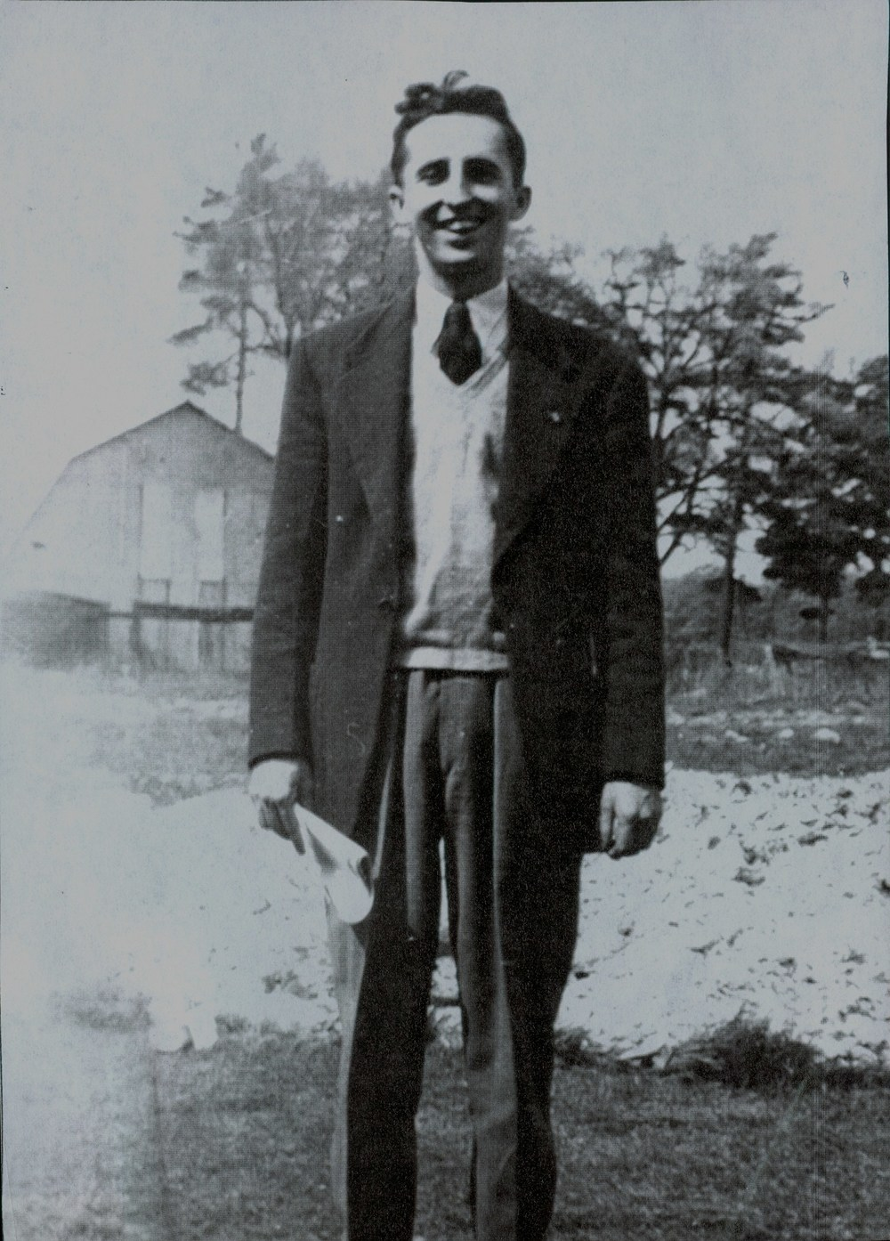 Stan Hawthorne, teacher in 1950 s and old arena