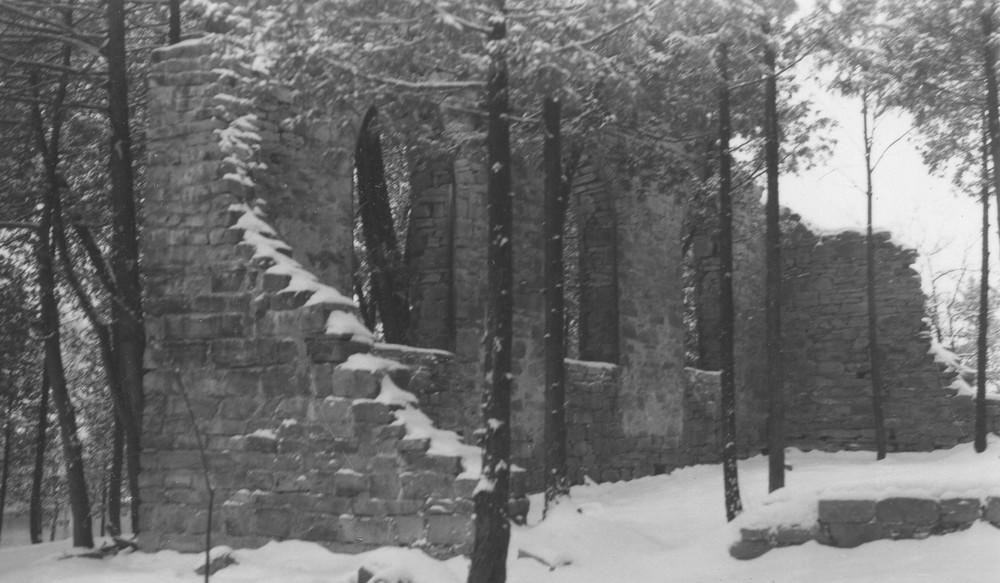 St. Matilda's in winter.jpg