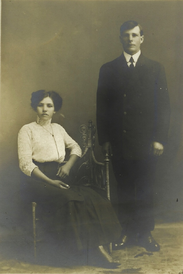 1915 Alice Vanvolkenburg  and Lewis Briggs