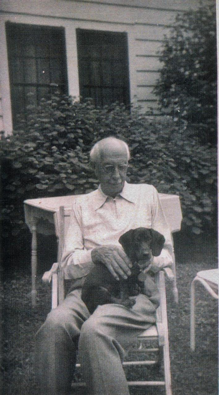 Dr. Edward Fidlar