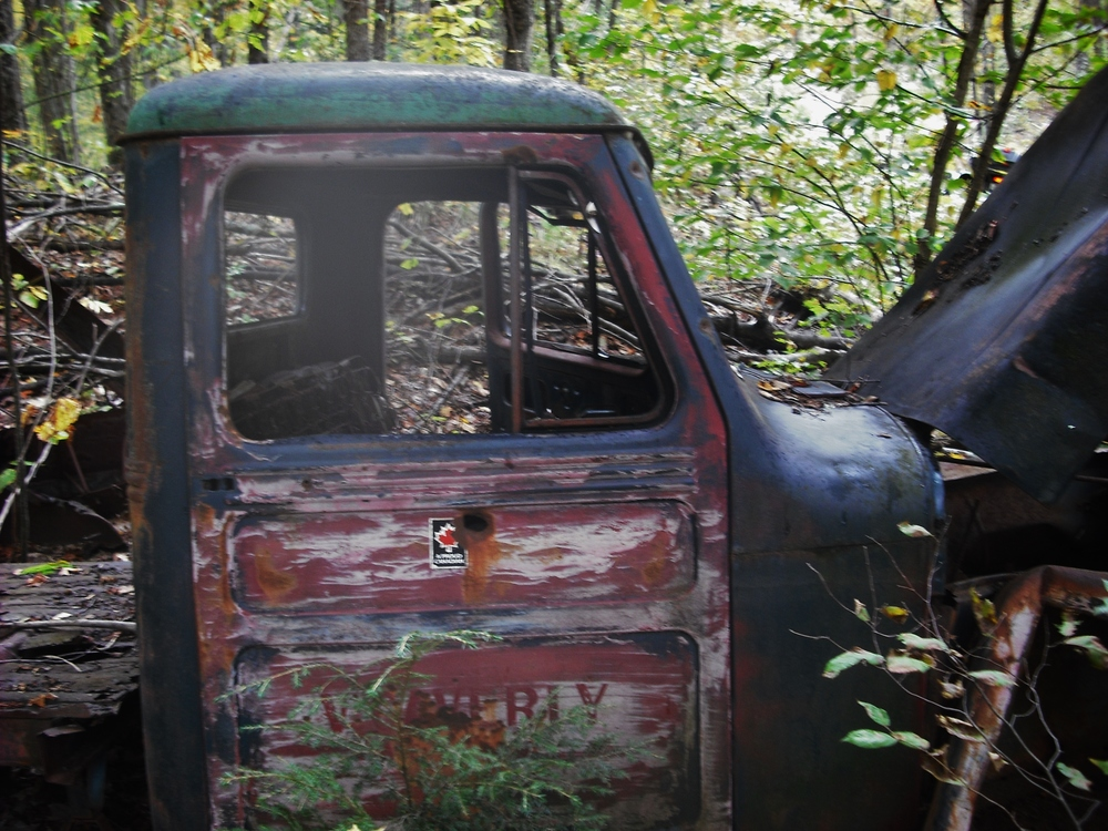"John Croskery wrote:  ""Came across this old jeep north of Mazinaw lake. Name on the door is Vern Caverly Marmora""."