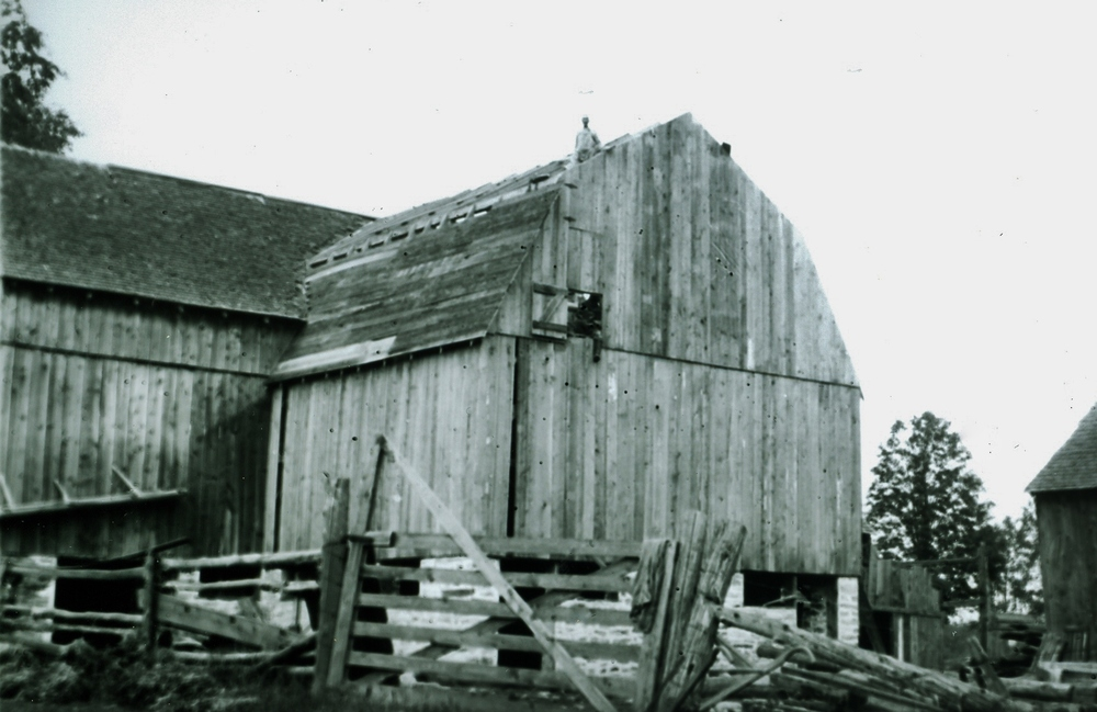 1921 Jim Young on Vansickle barn