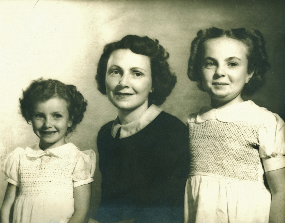 Cora Edna Campion w daughters, Edna Arlene (McKee) and Joyce (Fraser)