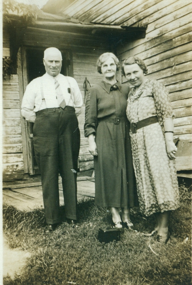 Thomas James and Susan Helen vansickle with daughter Doris Aleatha Archer