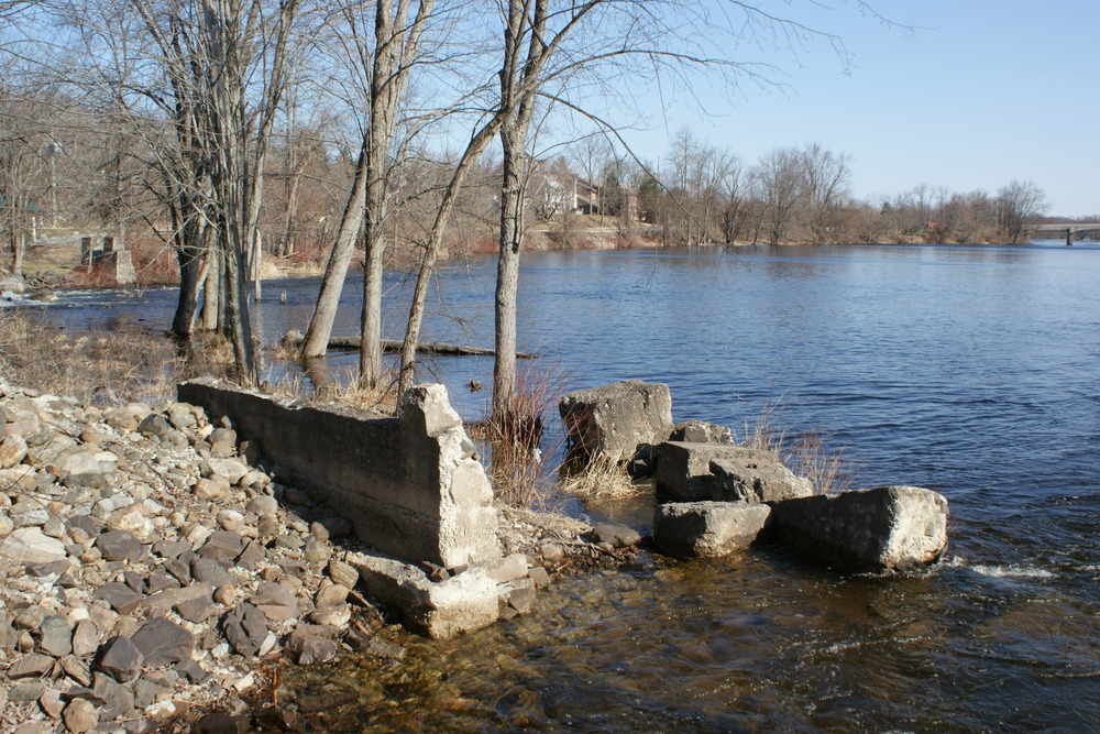 Ruins of the Gold processing plant at the Marmora Dam