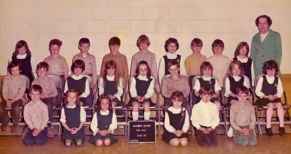 Sacred Heart 1972-73  Gr 1& 2.jpg