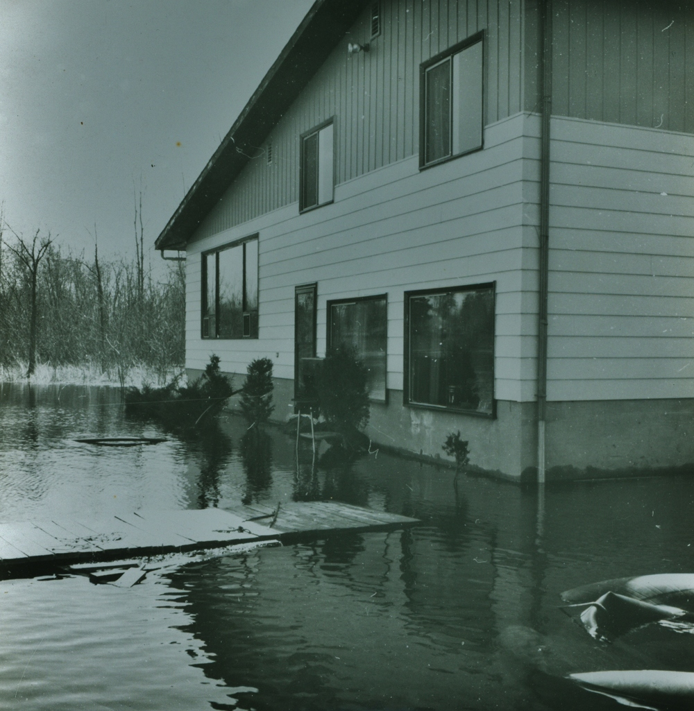 House of Doug & June Vilneff,  on Beaver Creek -  1976 Flood
