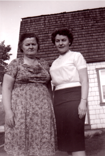 Annie Provost and her sister Pearl Lucas