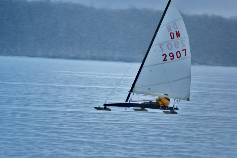 ADRIAN PHILPOT iCE BOAT SAILING IN bLAIRTON bAY