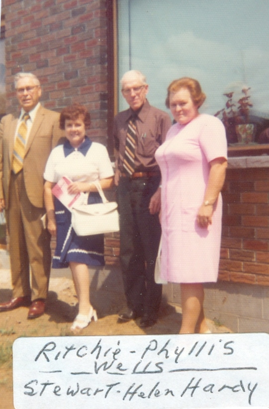 Ritchie & Phyllis Wells, Stewart & Helen Hardy.jpg