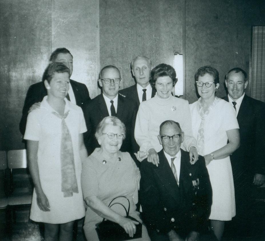 Isabel Nayler & husband, Ruth & Frank Hulsman, Harold & Mabel Nayler, Bill Nayler,