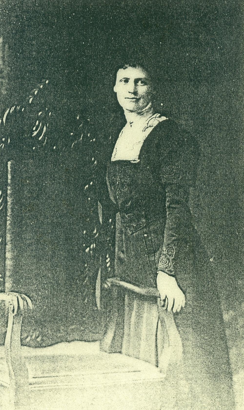 Bessie Ethel Pearce (4).jpg