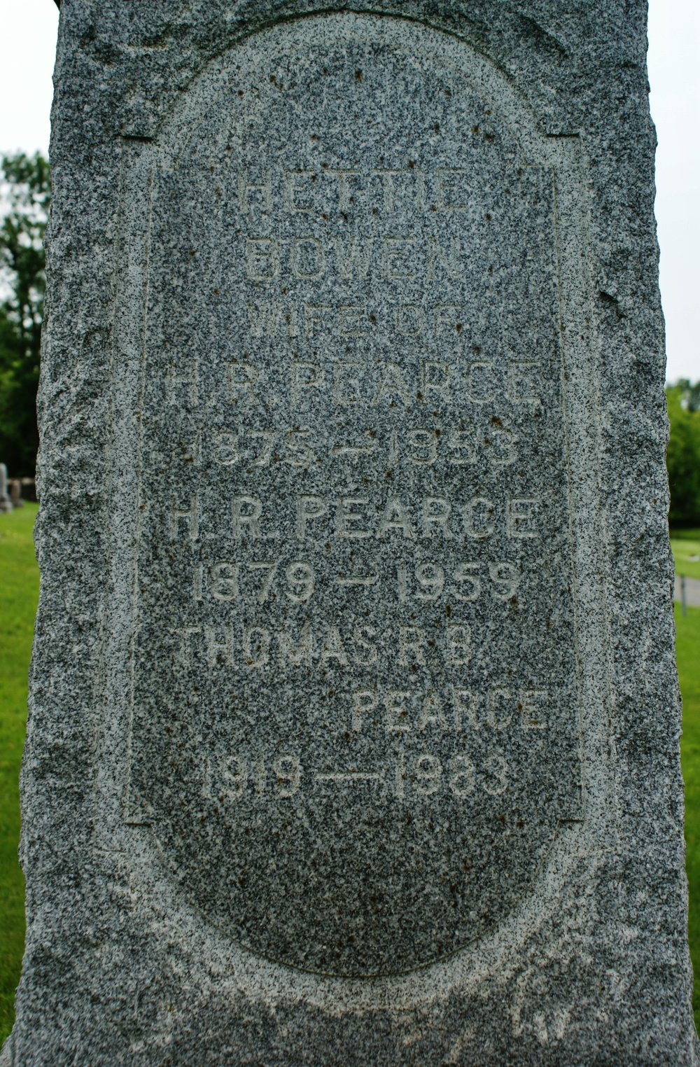 Common Cemetery Hettie Bowen Pearce, H.R. Pearce and son Thomas.JPG
