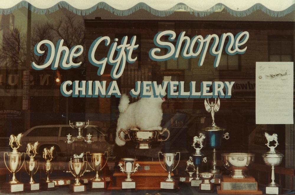 1985 June Vilneff's store