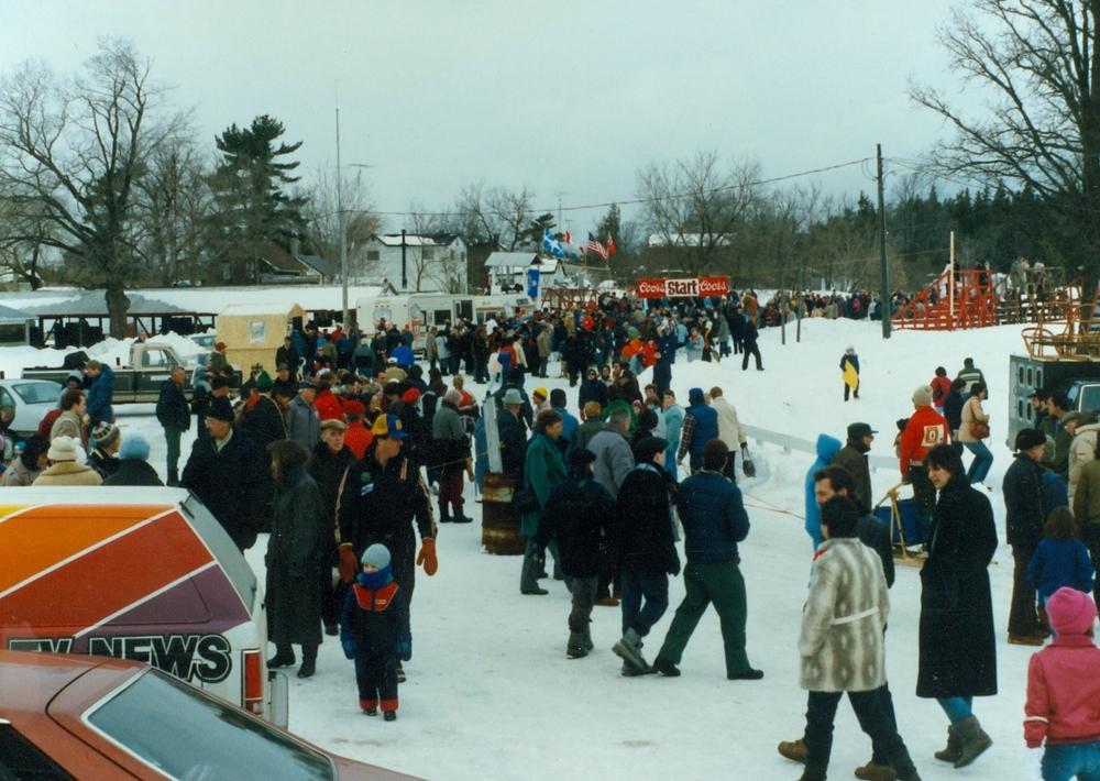 Snofest 1987 crowds 3.jpg