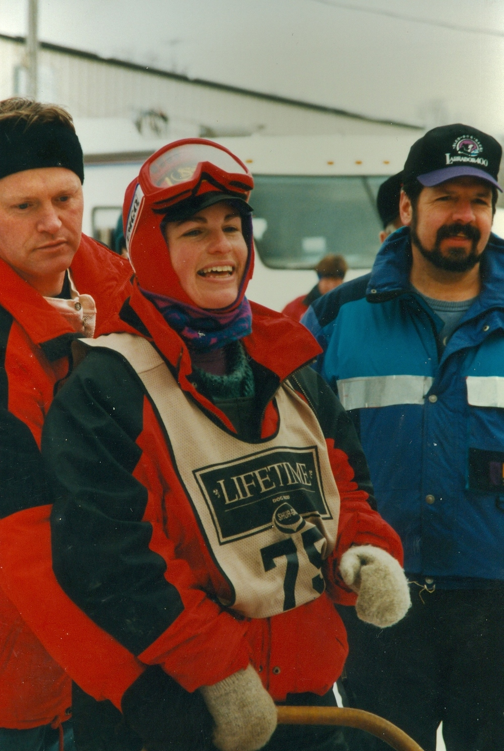 Snofest 1996 Unknown mushers with Al Moorcroft.jpg